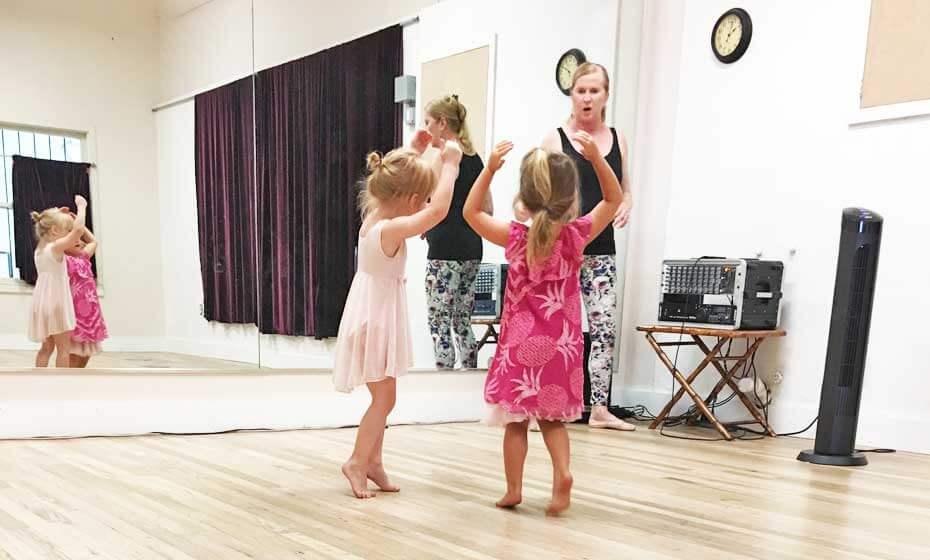 Kids Dance at The Dance Hub with Susan Manchak
